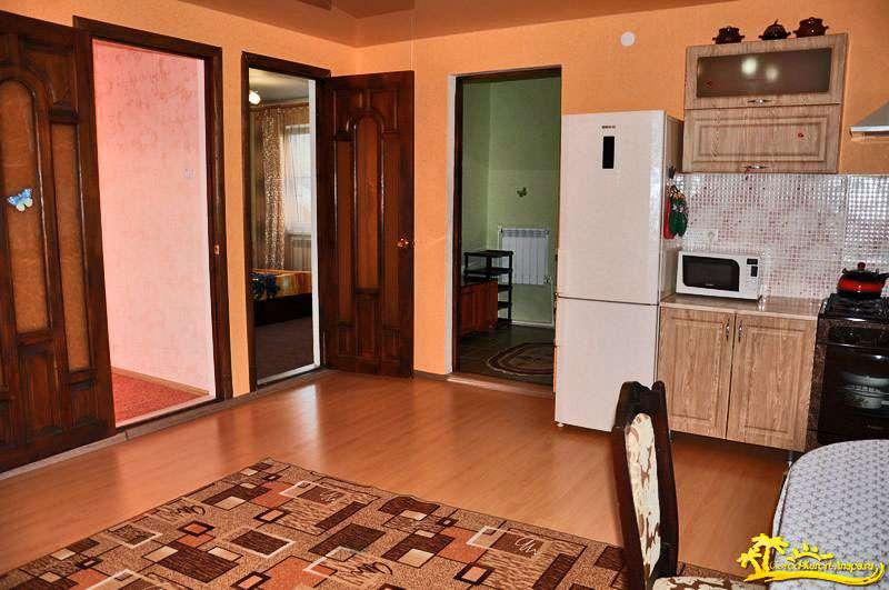 Двухкомнатный Домик под ключ с кухней (цена за дом) на 4-8 человек