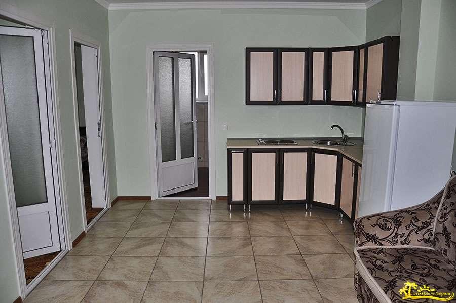 2-х комнатный домик под ключ (4-5 человек) с кухней