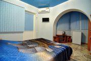 2-х местный номер с балконом со всеми удобствами в Мини-гостинице - фото