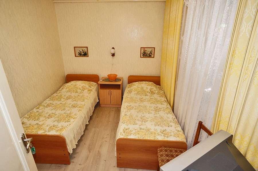 2-х комнатный номер с кухней (5-7 чел.)