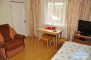 2-х комнатный номер с удобствами на 5-6 чел. (цена за номер в сутки) - фото