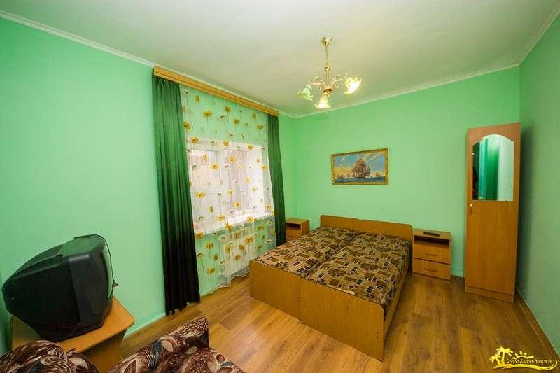 2-комнатная квартира   с кухней  4-5 чел(стоимость за квартиру)