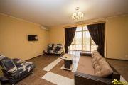 2-комнатная квартира с кухней 100 кв.м (цена за квартиру) - фото