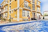 Отель «Лучезарный»