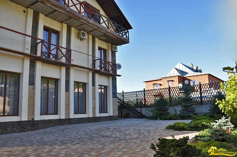 Дом высоцкой и кончаловского в тоскане фото