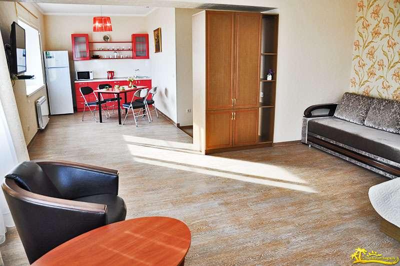 """3-5-и местный номер """"Апартаменты"""" (3 этаж)"""