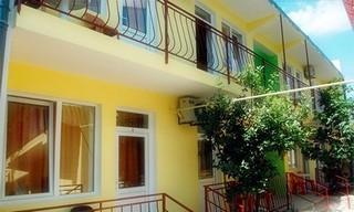 Частная мини-гостиница  «Лагуна»