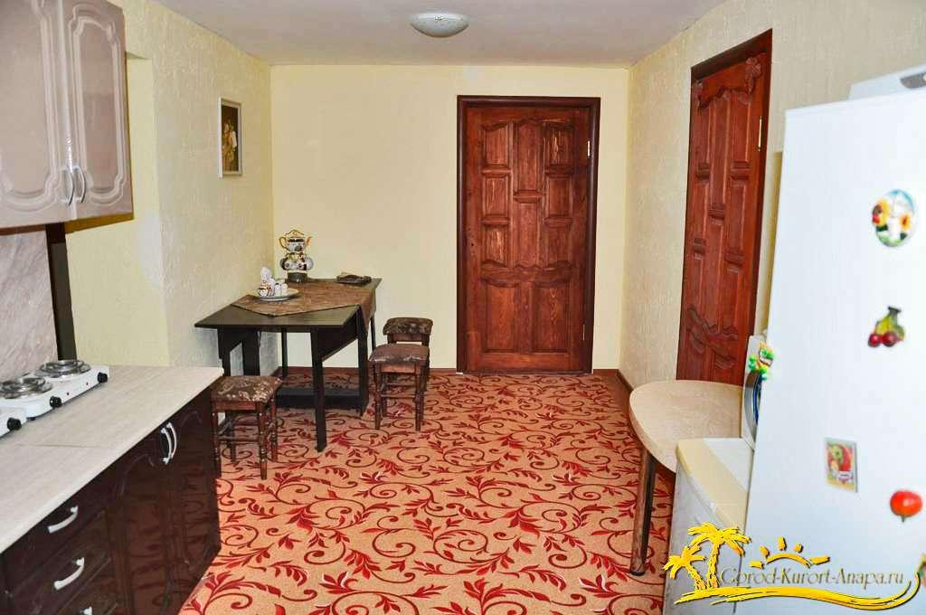 3х комнатная квартира с кухней (на 6-10 чел.)  (Цена за квартиру)