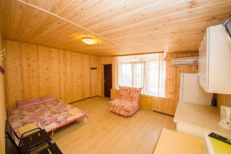 """4-6-ти местный 2-х комнатный """"дом под ключ"""" с отдельным входом"""