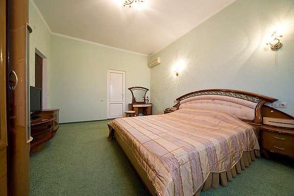 """2-х комнатный 2-х местный номер """"Апартаменты"""" семейный"""