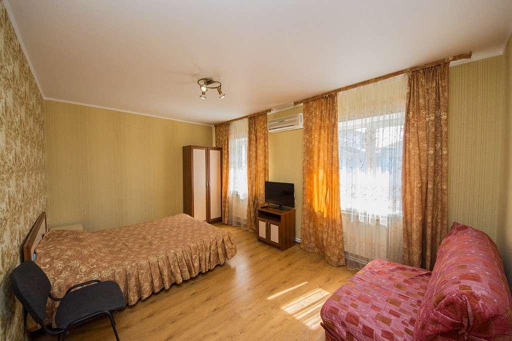 1-но комнатный 2-4-х местный номер повышенной комфортности с кухней.
