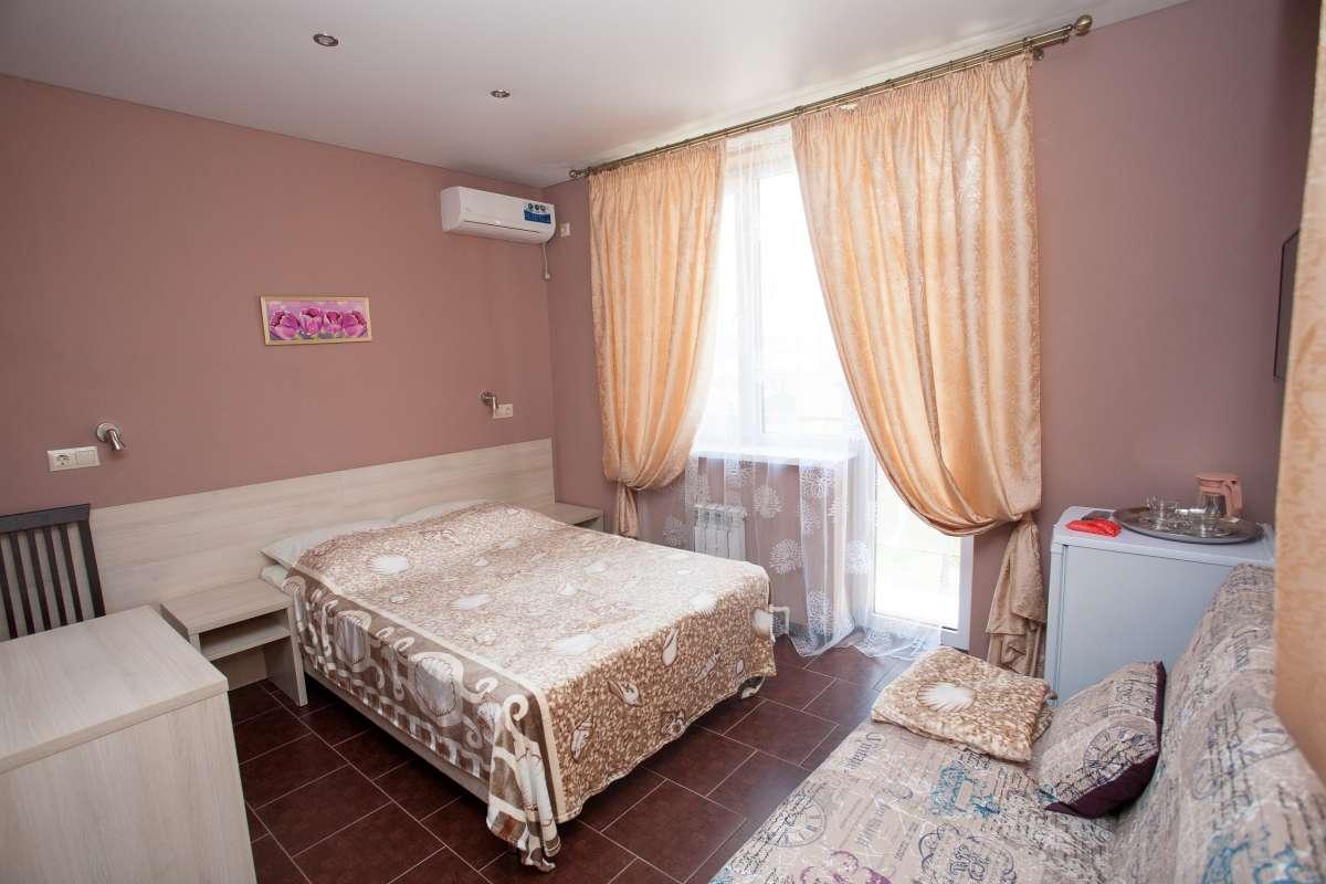 """2-х комнатный 3-х местный номер """"Улучшенный"""" с балконом"""