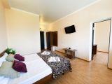 """3-х комнатный 7-ми местный """"Апартамент"""" с кухней"""