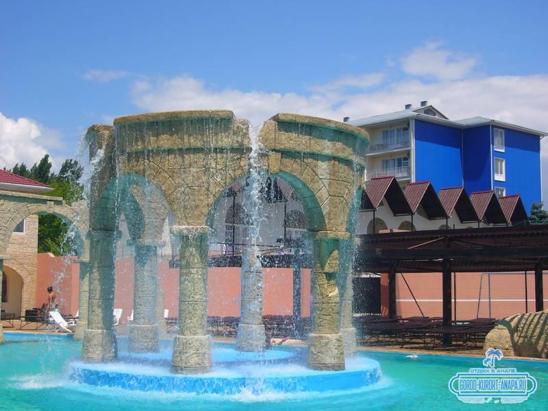 Отель «Ривьера» Анапа - водопад