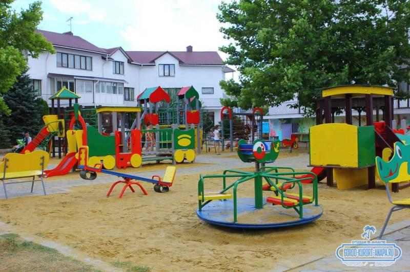 Пансионат Фея-2 детская площадка
