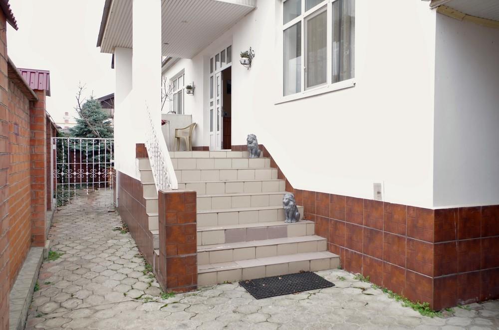 Дом 423 кв.м на участке 6.5 сот