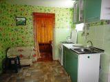 2-х комнатный 4-5-ти местный домик с кухней.