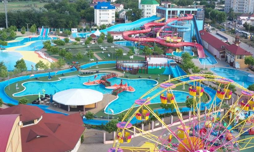 18 Июля на Кубани открываются аквапарки, аттракционы и бассейны. фото