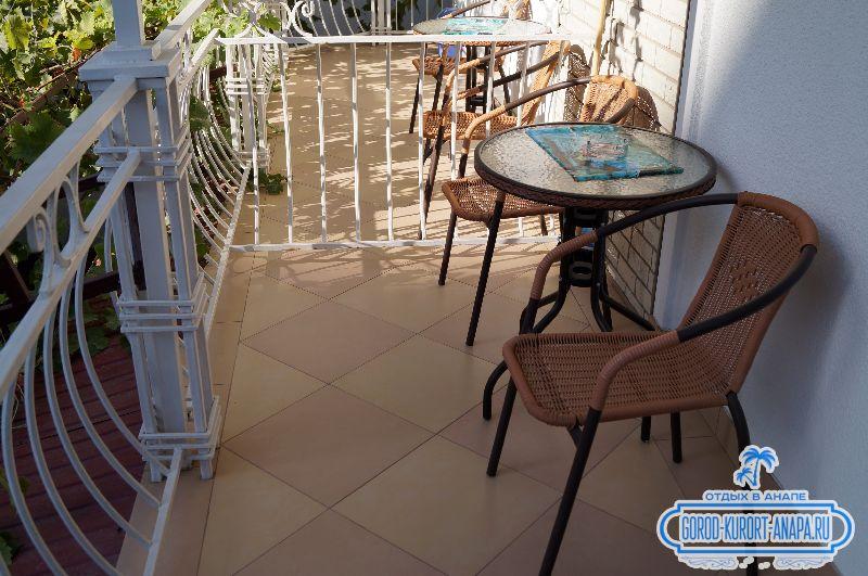 мини гостиница на Крымской 260 балкон